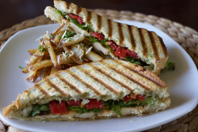 [RECIPE] Grilled Chicken Pesto Sandwich and Red Potato Parmesan Fries for Lunch or Dinner!