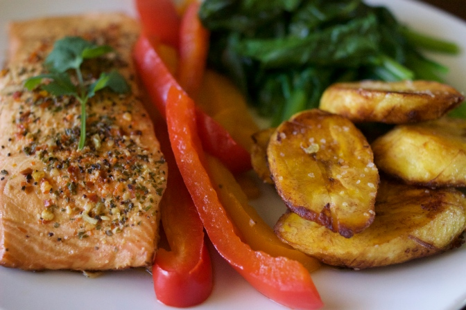 [RECIPE] Get 'Summer Ready' with Baked Salmon + Spinach + Plantains