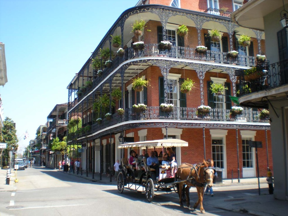 French_Quarter_New_Orleans_background